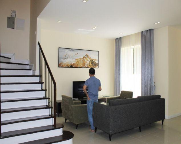 Biệt Thự góc đủ đồ, gần trường quốc tế BIS tại Vinhomes Riverside Cho thuê chỉ với 45 triệu/ 1 tháng 1