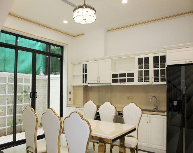 Biệt thự liền kề cho thuê giá rẻ chỉ 35 triệu/1 tháng tại Khu Đô Thị Vinhomes The Harmony, Long Biên. 2