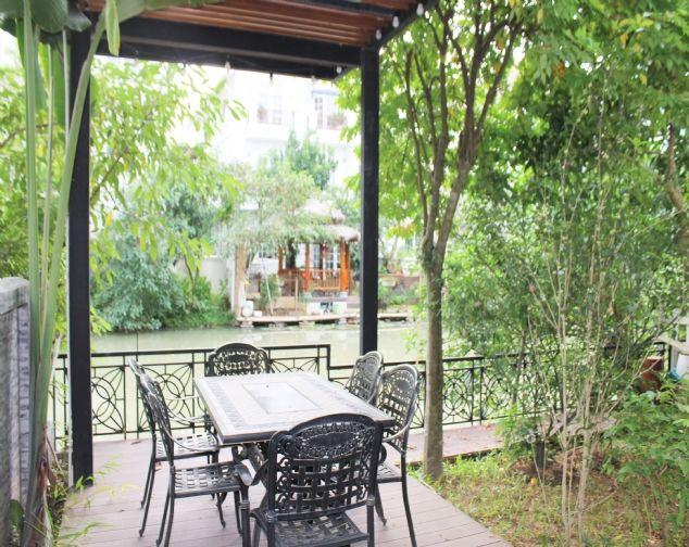Biệt Thự Song Lập đủ đồ đẹp, gần trường quốc tế BIS tại Vinhomes Riverside cho thuê với giá 69.5 triệu/1 tháng. 3
