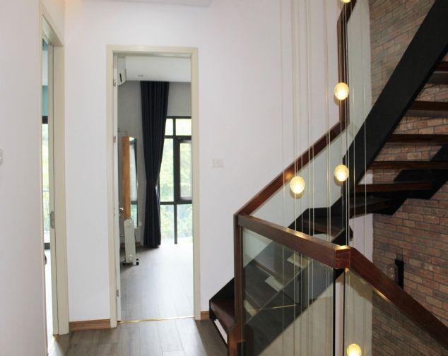 Biệt Thự Song Lập đủ đồ đẹp, gần trường quốc tế BIS tại Vinhomes Riverside cho thuê với giá 69.5 triệu/1 tháng. 9