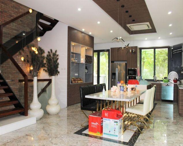 Biệt Thự Song Lập đủ đồ đẹp, gần trường quốc tế BIS tại Vinhomes Riverside cho thuê với giá 69.5 triệu/1 tháng. 10