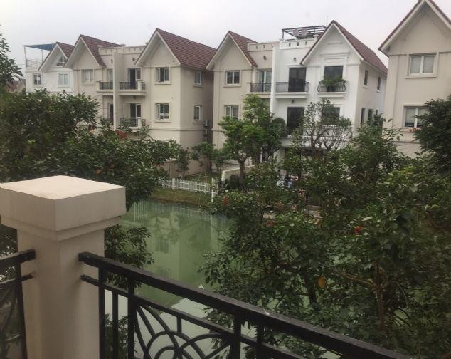 Cho thuê Biệt thự Hoa Sữa 11 Vinhomes Riverside 9