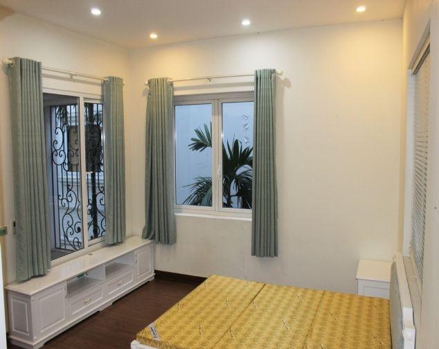 Cho thuê biệt thự song lập Vinhomes Riverside đầy đủ nội thất giá mềm 6