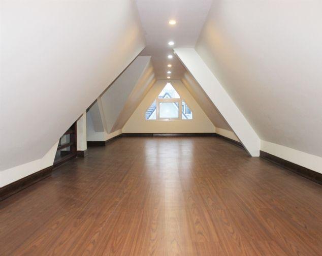 Cho thuê biệt thự song lập Vinhomes Riverside đầy đủ nội thất giá mềm 10