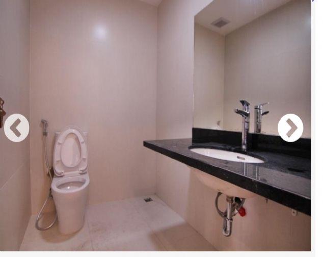 Cho thuê mặt bằng kinh doanh giá với 3000$/1 tháng ở tầng 1 toà nhà mặt phố Tô Ngọc Vân,Tây Hồ 1